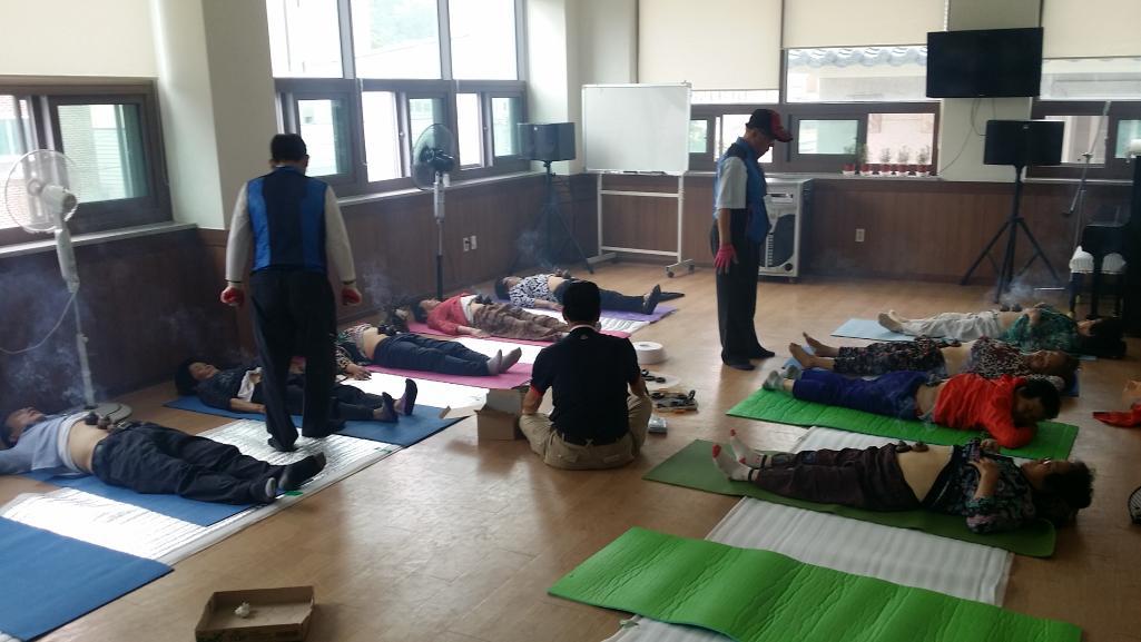 사랑손힐링봉사단 6월 20일 화순지역 대체의학 봉사 현장입니다.