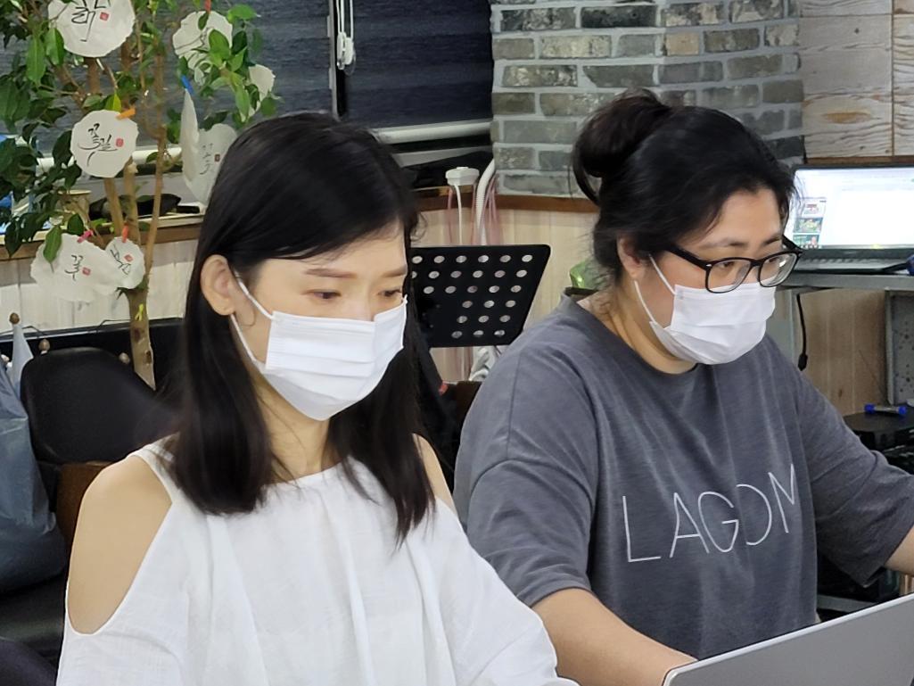 1004재능기부단의 찾아가는 SNS마케팅  창녕밤을잊은농부들과(9.24)